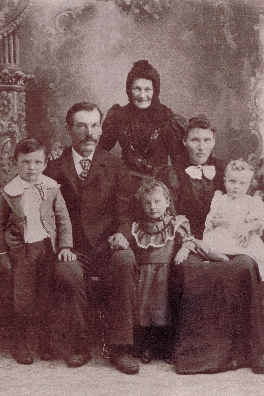 Anna Pesä Vojta and her family arrived in the Dakota Territory in 1876.